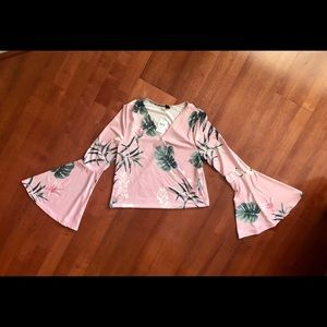 NEW! WINSOR LEAF PRINT BLOUSE 🍃